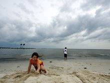 Время ураганов: Над Атлантикой сформировалась новая тропическая депрессия