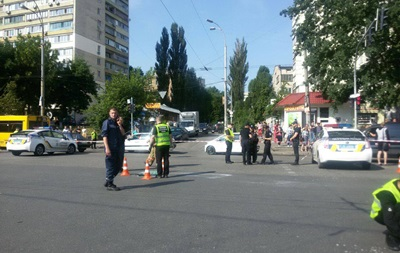 СМИ: Во взорванном авто погиб сотрудник Минобороны