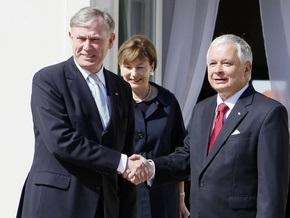 Польша обещает ратифицировать Лиссабонский договор сразу после Ирландии