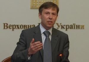 Соболев считает, что увольнения заместителей Левочкина связаны с низким рейтингом Януковича