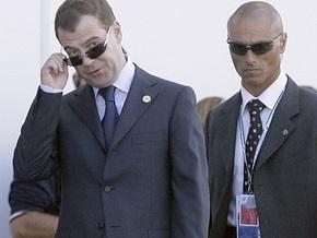 Медведев будет аккуратно, но настойчиво бороться с пьянством в России