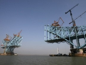 В Китае построят самый длинный в мире мост за $730 млн