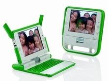 Все дети крошечной страны в Полинезии получили заводные ноутбуки