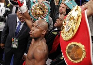 Американский боксер стал самым высокооплачиваемым спортсменом в мире