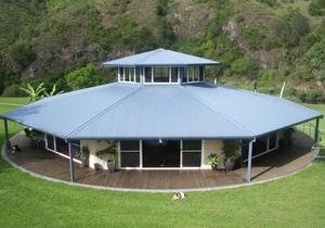 Австралиец построил вращающийся вслед за солнцем дом