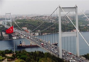 Турция намерена преобразиться в экспортера энергоресурсов, подталкивая российские госмонополии к конфликту интересов