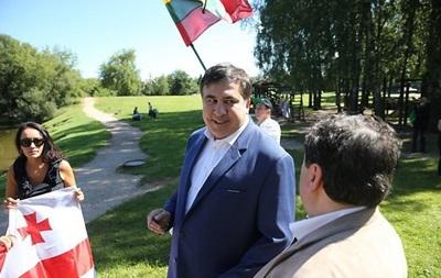 Саакашвили отказался от литовского гражданства