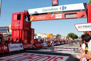 Ив Лампарт победил на втором этапе Вуэльты и возглавил общий зачет