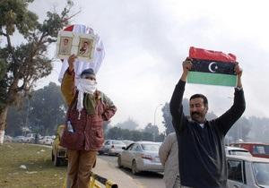 Власти Ливии отправили в вышедший из-под контроля Бенгази посланника с гуманитарной помощью