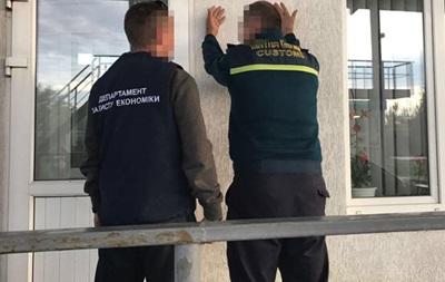 Полиция раскрыла схему ввоза авто на еврономерах