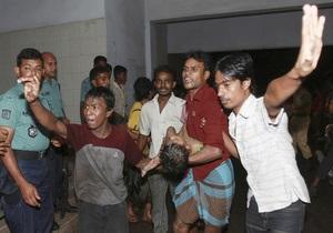 Число погибших при пожаре в Бангладеш возросло до 50 человек