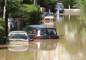 Число жертв наводнения на юге Франции достигло 19 человек