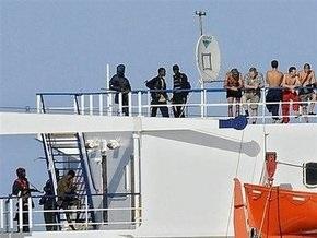 ПР берет на себя инициативу по освобождению моряков Фаины
