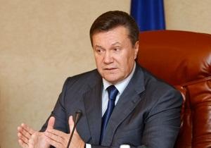 Янукович: Известный врач следит за моим здоровьем