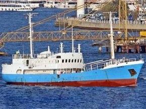 Зловонное судно с украинским экипажем не пускают в Крым