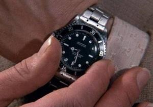 На аукцион выставят часы Джеймса Бонда со встроенной пилой
