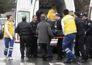 Турок, напавший на генконсульство Украины в Стамбуле, скончался от ран