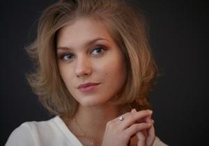 СМИ: Звезда Интернов Кристина Асмус беременна и уходит из сериала