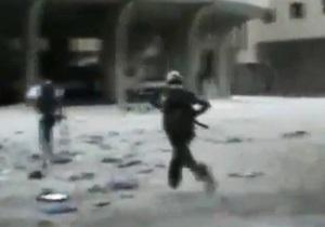 В центре Дамаска произошел бой. Власти бросили на повстанцев ударные вертолеты