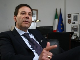 Посол Италии в Украине объяснил, чем были вызваны проблемы с визами
