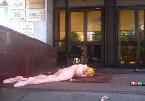 МИД не уверен, что на редакцию Московского комсомольца напали граждане Украины