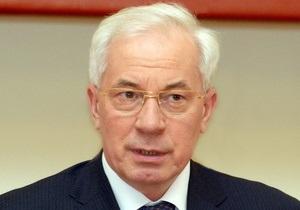 Азаров поставил задачу полностью реконструировать детскую больницу Охматдет до июня 2012 года