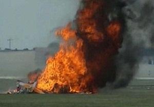 На авиашоу в США разбился легкомоторный самолет, двое погибших