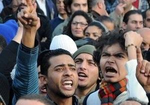 14 человек стали жертвами беспорядков в Тунисе