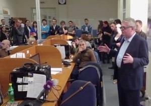Владелец ТВі Константин Кагаловский выступил перед сотрудниками канала