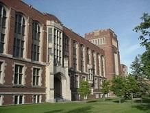 Выпускник канадского колледжа удерживал в заложниках 300 студентов