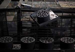 Новости Донецкой области - нелегальная шахта - Снежное - В Донецкой области неизвестные угрожали иностранным журналистам, которые готовили материал о нелегальных шахтах