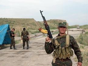 Узбекистан согласился засыпать траншеи вдоль границы с Кыргызстаном