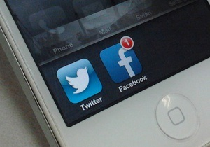 Facebook и Twitter ввязываются в борьбу с телеканалами за рекламные бюджеты - FT