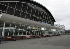 Минтранс начал проверки таксистов, работающих в аэропорту Борисполь