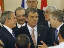 Генсек НАТО заявил, что Украина получила  четкий сигнал