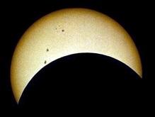 Сегодня в обед украинцы смогут наблюдать частичное солнечное затмение