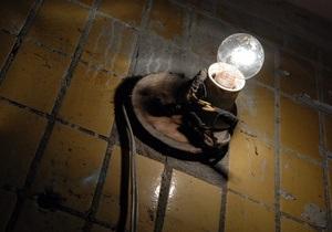 В Киевских подъездах установят две тысячи энергосберегающих ламп