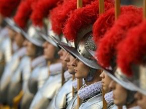 Женщинам могут доверить охрану Папы Римского