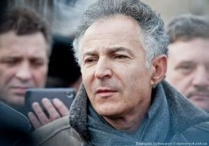 Харьковские чернобыльцы попросили помощи у посла Франции по правам человека