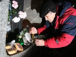 Ющенко встретился с докладчиком ПАСЕ по вопросу Голодомора