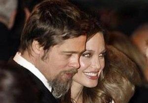 Питт и Джоли подали в суд на британский таблоид, сообщивший об их разводе