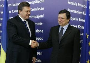 Янукович поздравил Баррозу с днем рожденья
