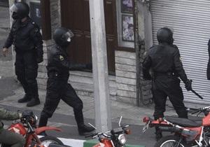 МИД Италии заявил о попытке захвата итальянского посольства в Тегеране