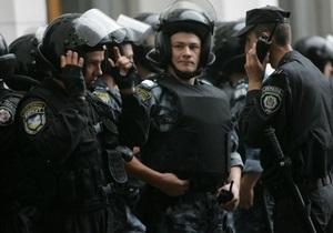В Киеве при получении $30 тысяч взятки задержаны должностные лица одного из заводов