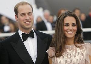 Принц Уильям с супругой впервые вышли в свет после свадьбы