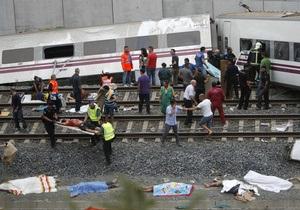 Железнодорожная катастрофа в Испании: в момент аварии поезд превышал скорость на 140 км/ч