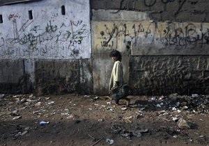 В крупнейшем городе Пакистана прогремел взрыв: более 14 погибших