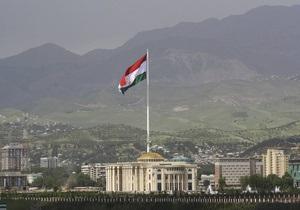 В Таджикистане появился первый справочник по штампам и символам на упаковках героина