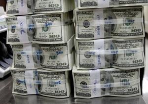 Доллар на межбанке преодолел отметку в восемь гривен