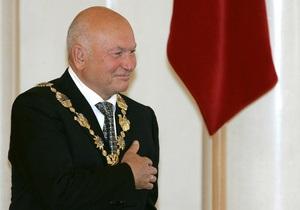 Лужков снова заявил, что не собирается уходить в отставку